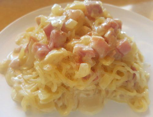 Pasta konjac with carbonara sauce